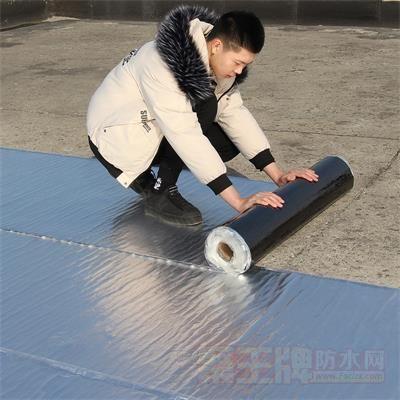 防水卷材屋顶补漏材料楼顶裂缝贴自粘沥青防漏胶带强力堵漏王