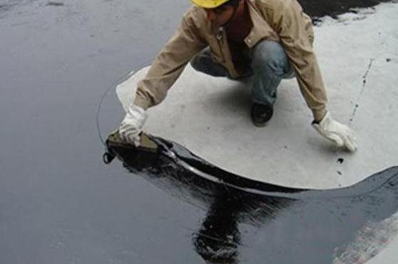 如何解决聚氨酯防水涂料施工难题?