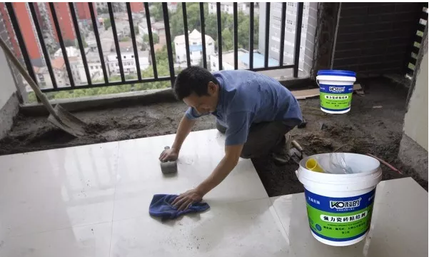 为什么用了瓷砖粘结剂还会有瓷砖脱落现象?