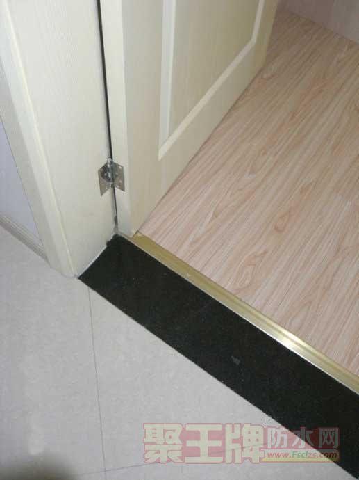 卫生间门槛石没做好这一步,等于白装,难怪我家总渗水