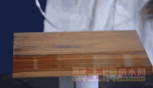 喷涂是使液体涂料雾化或雾状,喷涂到制品表面形成涂层的方法,由于雾化原理不同,分为空气喷涂、无气喷涂、静电喷涂、机械喷涂等。