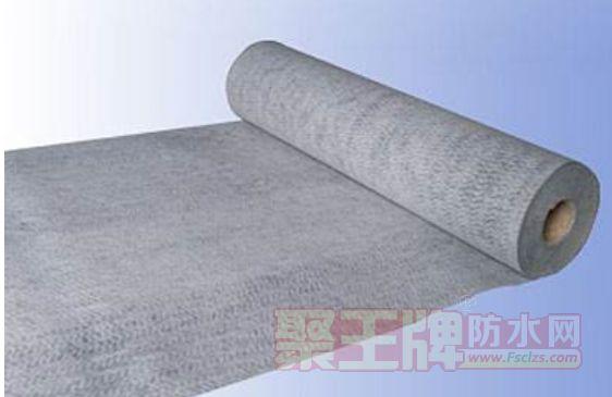 聚乙烯丙纶布与聚乙烯涤纶布价格一样吗?