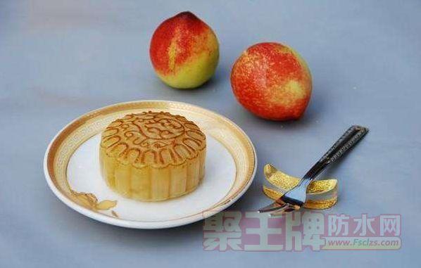 月饼厂家厂房漏水 扬州市监管部门突查月饼生产厂家