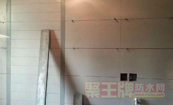 玻化砖上墙空鼓脱落的原因有哪些?如何解决玻化砖空鼓脱落问题?