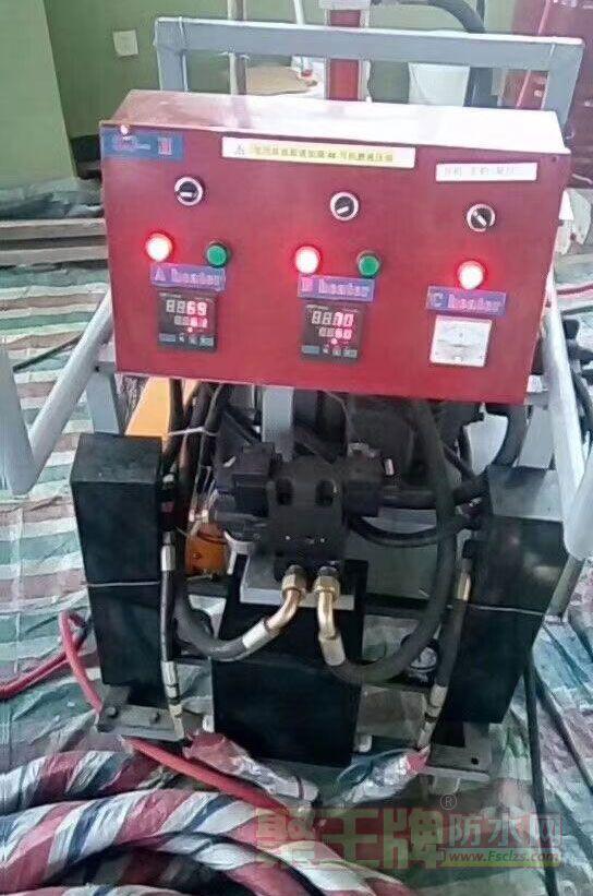 好用的聚脲喷涂机器!