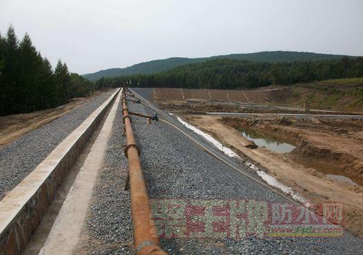 公路路面防水施工技术