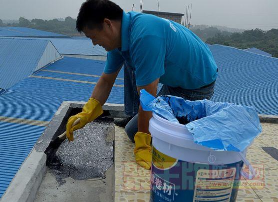 液体卷材施工步骤 选择品牌液体卷材很重要