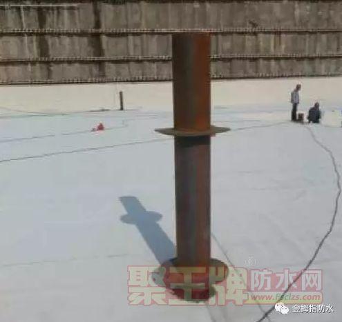 穿底板管防水做法