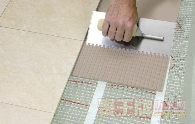 液体瓷砖粘结剂与同类产品的优势