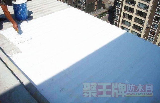 隔热涂料施工时涂层表面出现许多大大小小的气泡,什么情况?