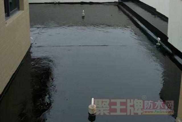 【液体防水卷材】液体卷材跟传统卷材有什么区别?