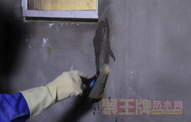 家装防水涂料涂刷工艺 涂膜防水之细部节点处理.png