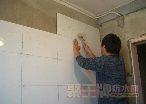 为什么粘贴瓷砖时气温不能低于5℃?