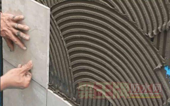 如何预防瓷砖空鼓脱落? 瓷砖空鼓的常见原因解析.png