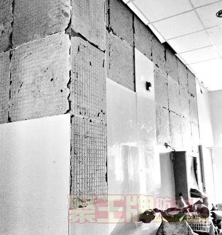 瓷砖空鼓引发众多问题,墙体漏水、脱皮,如何能安心入住?