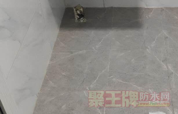 用免砸砖防水材料要把美缝剂清洗干净吗?