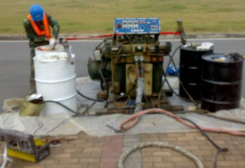 聚脲防水防腐涂料对基层混凝土的要求