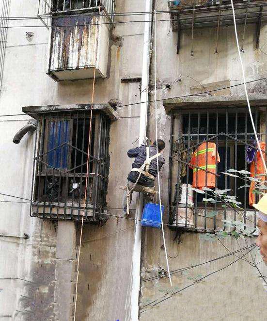 江门耀王邦瓷砖翻新腻子厂家直销旧墙马赛克旧墙面翻新的专用腻子